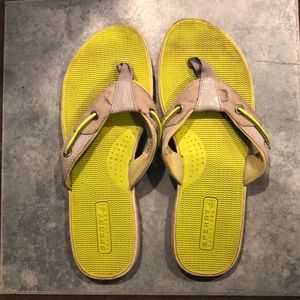 Sperry Top suffer thong sandal